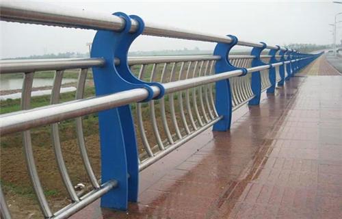 阜新302不銹鋼碳素鋼合復管橋梁護欄定制護欄橋梁護欄田經理
