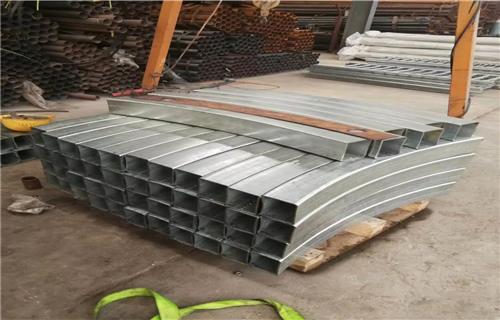 遼寧不銹鋼碳素鋼復合管橋梁護欄保證品質完善橋梁護欄田經理