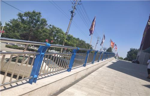 安阳Q235桥梁护栏防撞钢板立柱生产快速化桥梁护栏田经理