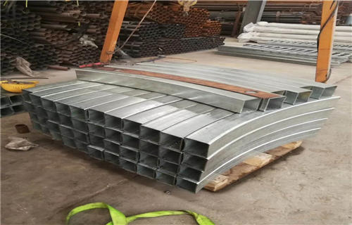 海西不銹鋼碳素鋼復合管橋梁護欄認準鴻源護欄廠家不銹鋼復合管