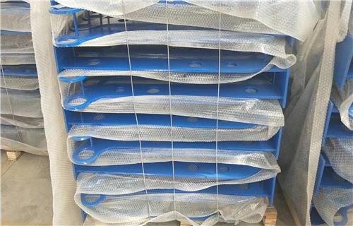江西不銹鋼碳素鋼合復管生產快速化橋梁護欄多少錢
