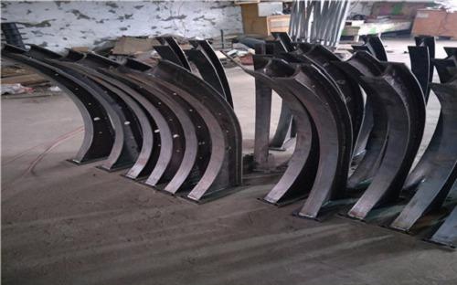 三明  不銹鋼橋梁防撞立柱多年生產經營