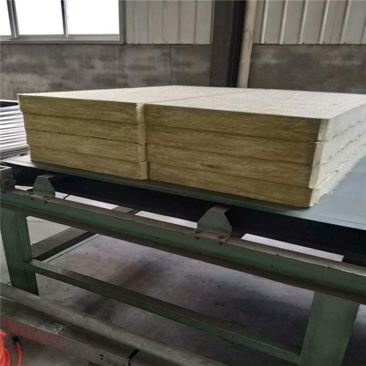 荊州外墻巖棉板生產廠家資質手續齊全