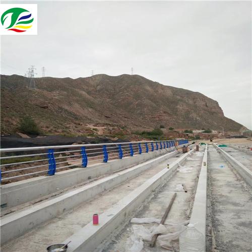 思南不锈钢复合管桥梁栏杆立柱按图生产