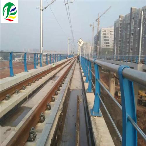石阡不锈钢复合管桥梁栏杆立柱量身定做