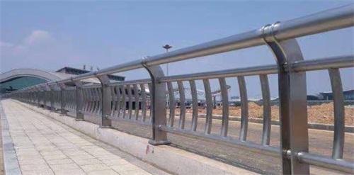 西藏省阿里市不銹鋼道路景觀護欄批發零售