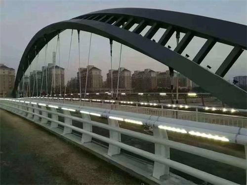 山西省運城市不銹鋼復合管道路景觀護欄廠家