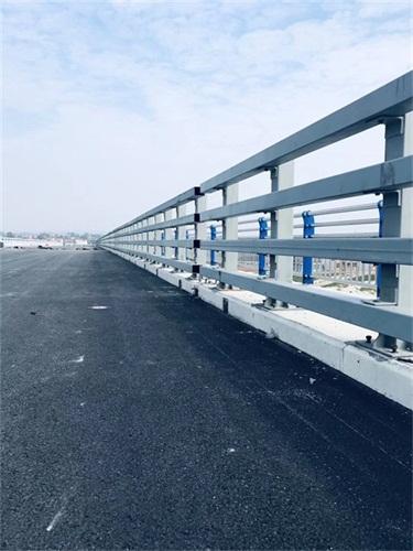 广安不锈钢道路景观护栏多少钱