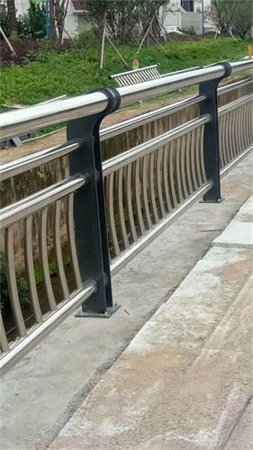 鶴壁不銹鋼景觀護欄桿最新報價