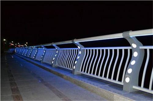 赤峰碳素钢防撞桥梁护栏厂家直销