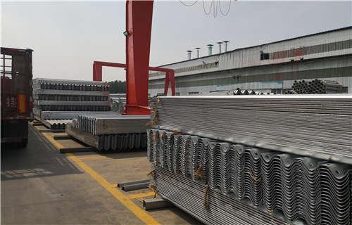 雙面波形梁鋼護欄生產直銷酒泉