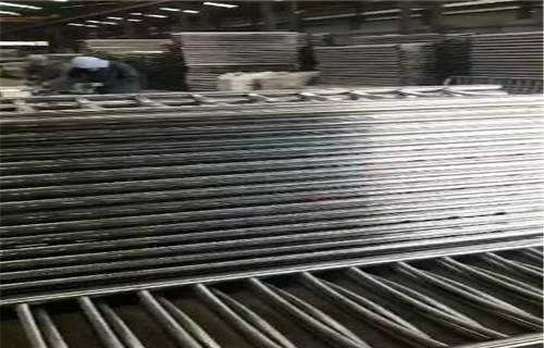 上饒不銹鋼雙金屬復合管橋梁護欄實體加工廠