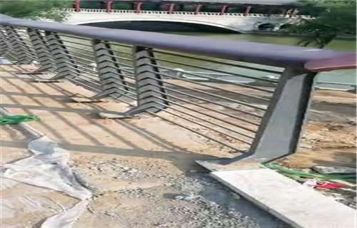 海西不銹鋼道路交通欄桿尺寸齊全