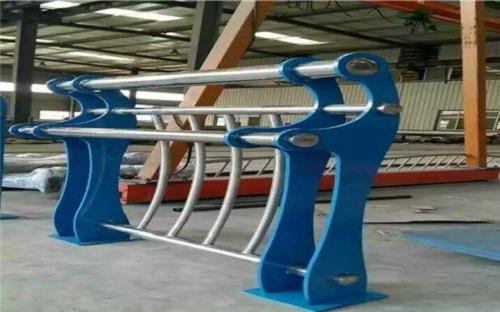百色不锈钢碳素钢复合管河道护栏实体加工厂